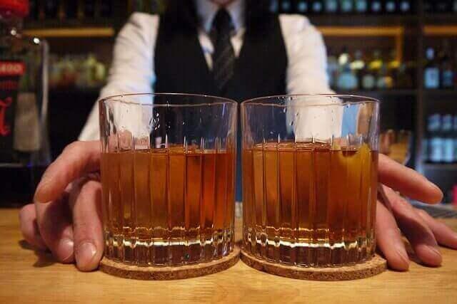 カクテル初心者にオススメ!バーで飲みたいカクテルの定番3選